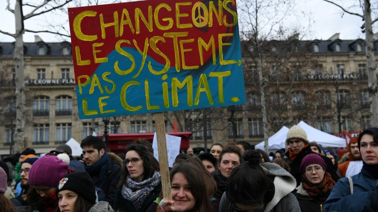 Pétition climat: le gouvernement répond aux ONG, pas satisfaites