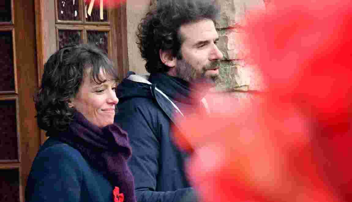 Un clip d'Emily Loizeau et Cyril Dion en soutien au mouvement des coquelicots
