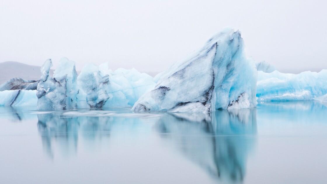 Arctique : les énergies fossiles responsables du noircissement de la glace
