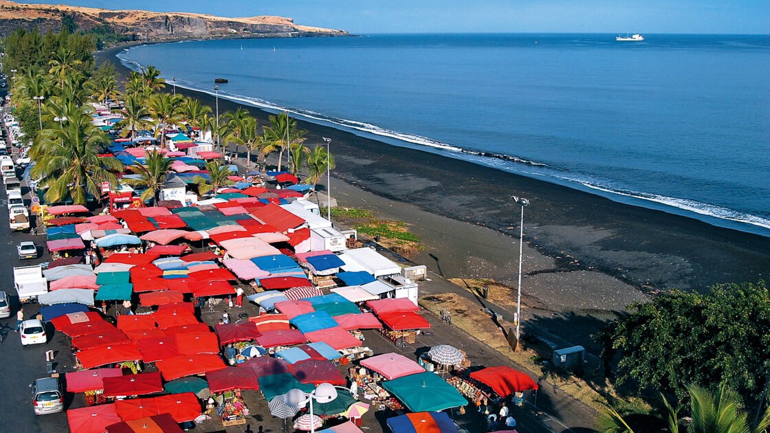 Île de La Réunion, Saint-Paul : toutes les couleurs du marché