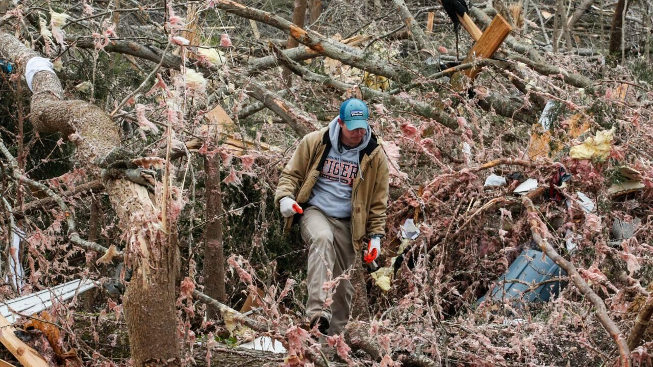 De gros dégâts mais pas de nouvelles victimes après les tornades en Alabama