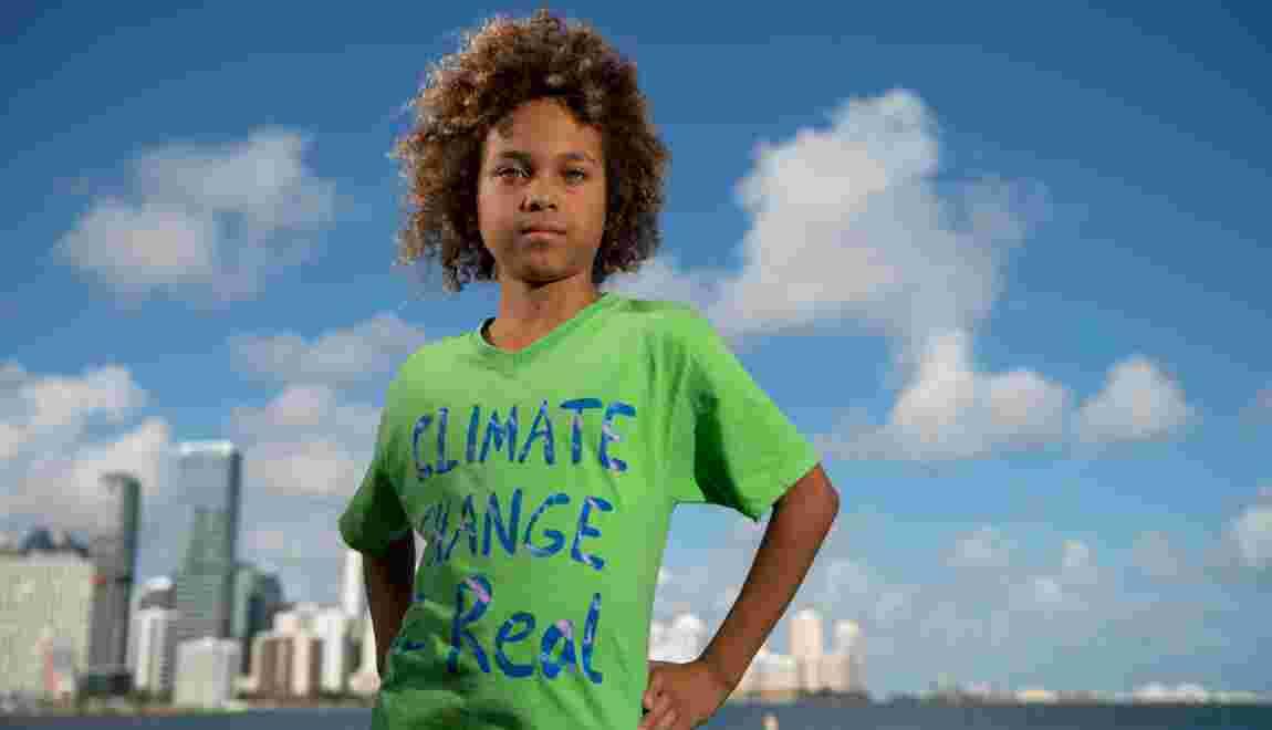 L'Atlantique monte et Levi, 11 ans, s'inquiète pour ses futurs enfants