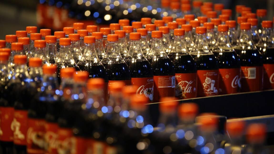 Coca-Cola révèle avoir produit trois millions de tonnes d'emballage plastique en un an