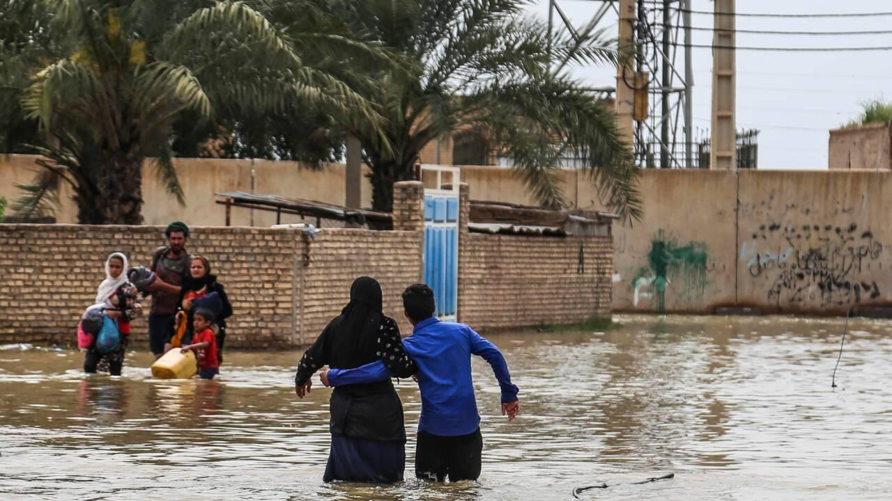 L'Iran ordonne l'évacuation de six villes menacées d'inondations