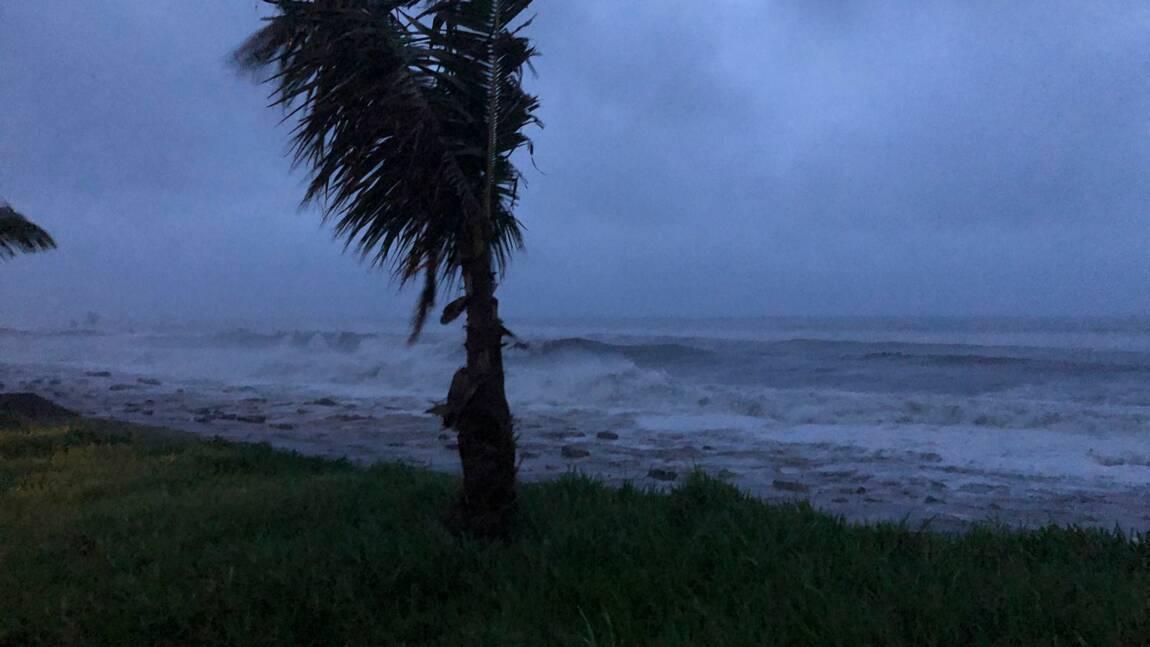 Le cyclone Kenneth touche le Mozambique, menace la Tanzanie