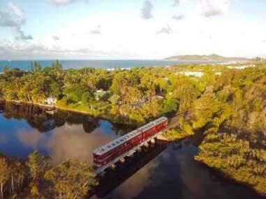 Un train qui fonctionne uniquement à l'énergie solaire en Australie