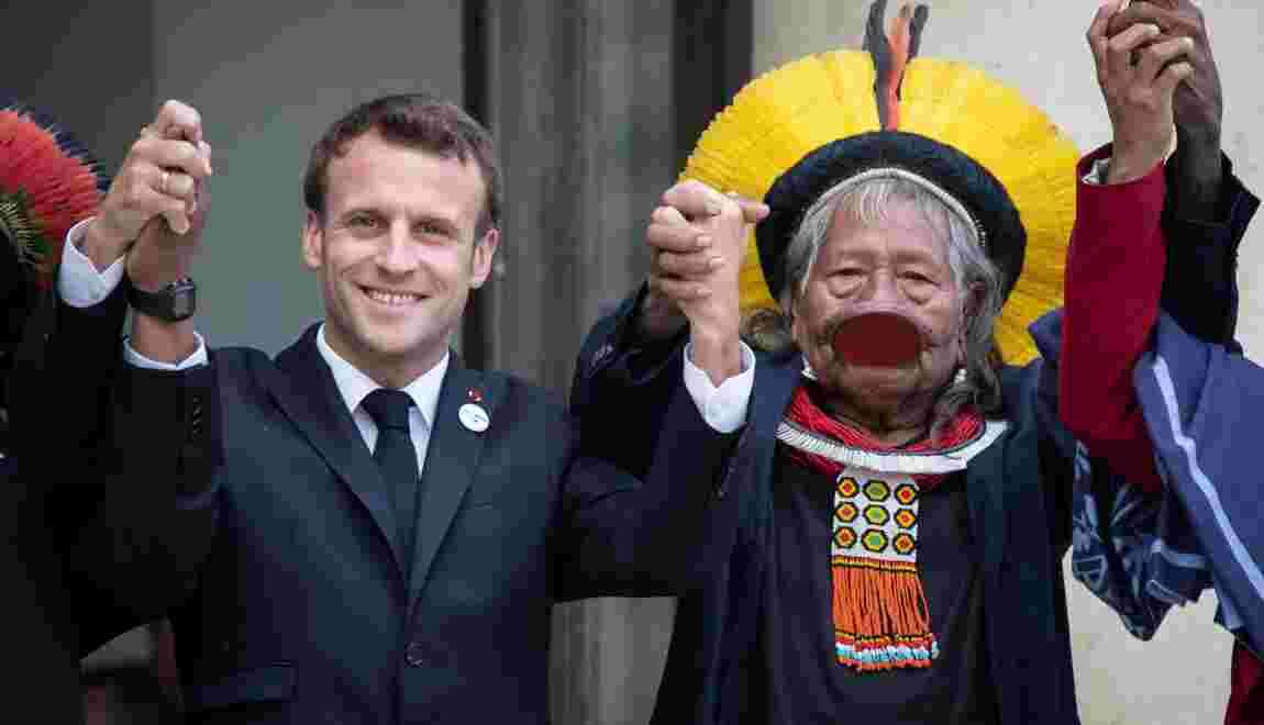 Macron reçoit le chef indien Raoni et l'assure du soutien de la France