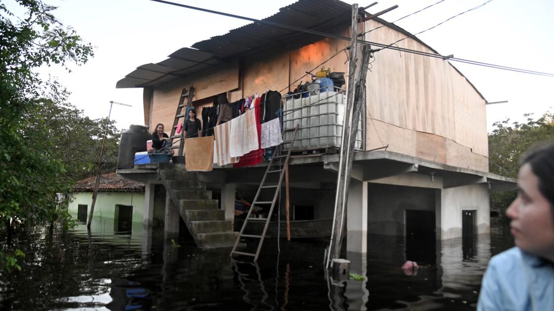 Graves inondations au Paraguay, 70.000 familles déplacées