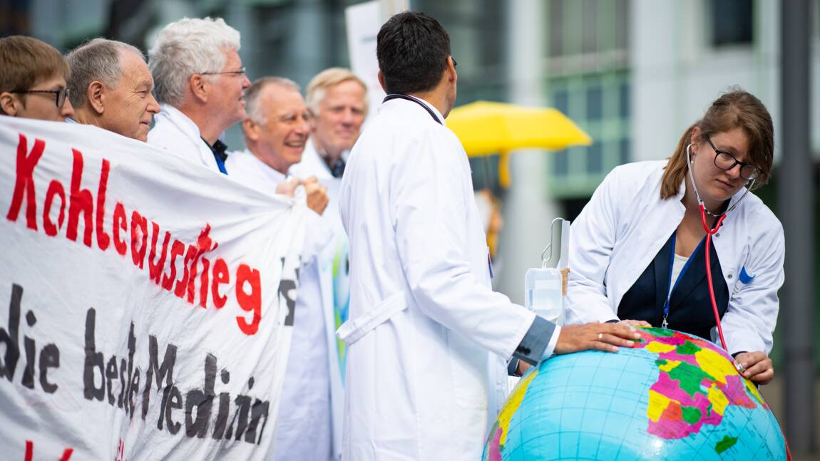 Pressé d'agir sur le climat, Berlin promet des décisions en septembre