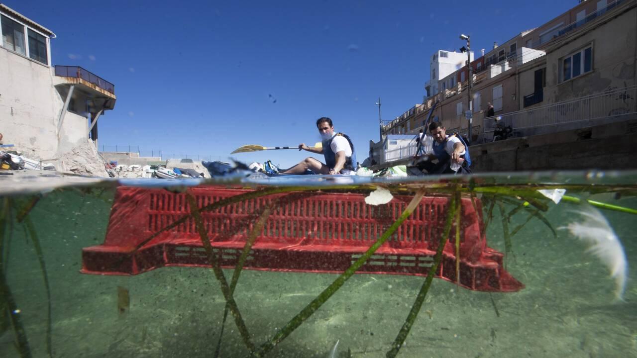 A Marseille, 1,2 tonne de déchets ramassés lors d'une course en kayak