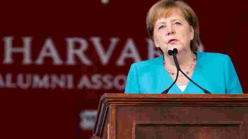 """Climat: Merkel appelle à faire """"tout ce qui est humainement possible"""""""