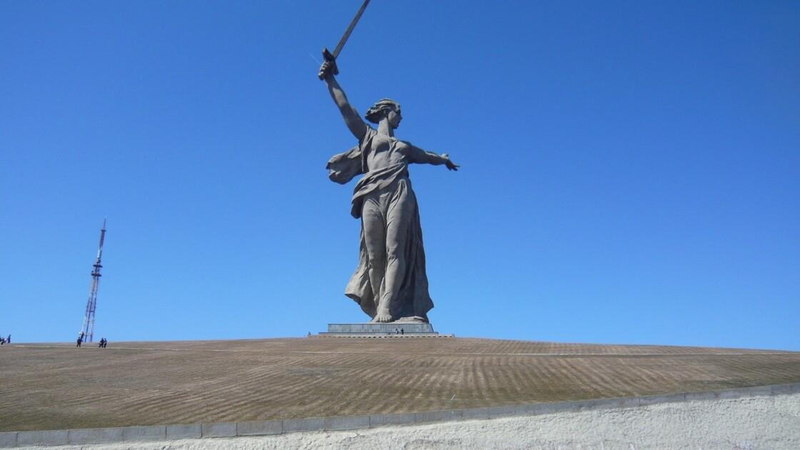 Russie : retour à Stalingrad, ville martyre