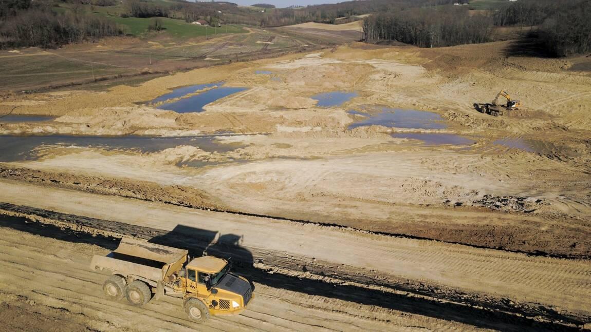 """Lot-et-Garonne: """"armistice"""" entre agriculteurs et autorités sur le lac de Caussade"""