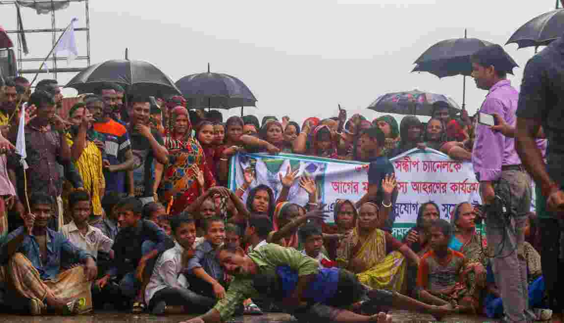 Bangladesh : des manifestants bloquent une autoroute contre une interdiction de pêcher