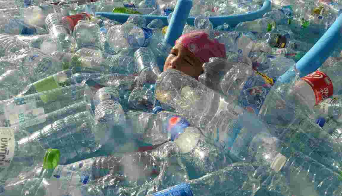 Au menu, 5 grammes de plastique par semaine, selon un rapport