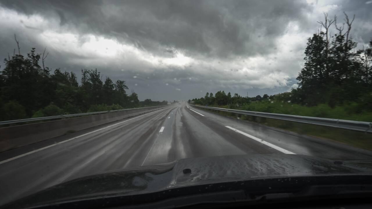 Le vent et la grêle s'abattent sur Auvergne-Rhône-Alpes, de nombreux dégâts