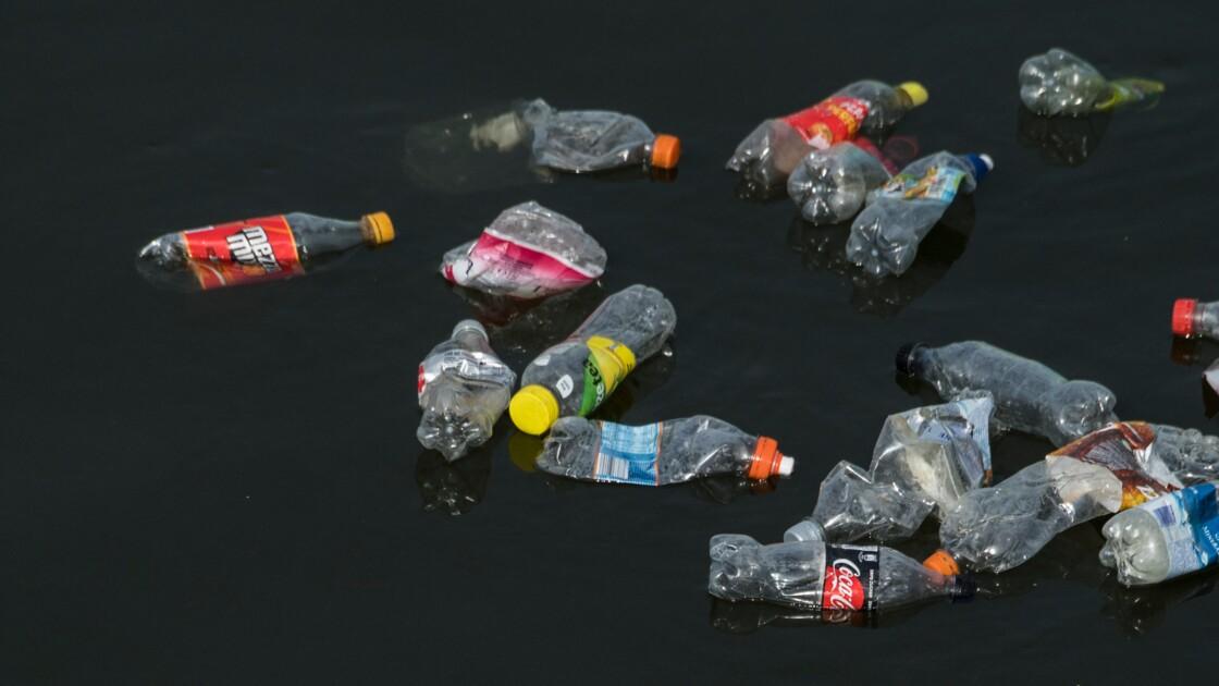 Greenpeace alerte sur la pollution plastique des rivières britanniques