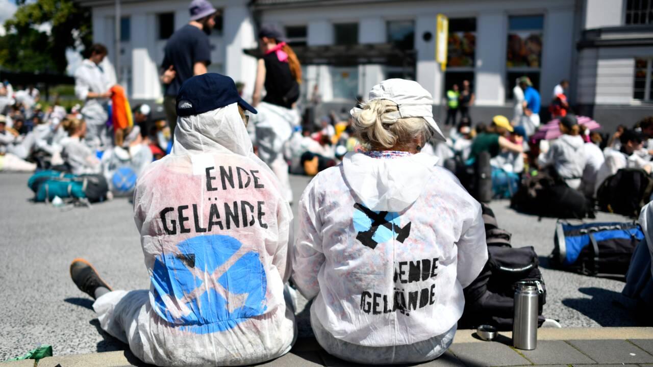 Opération coup de poing et manifestation contre le charbon en Allemagne