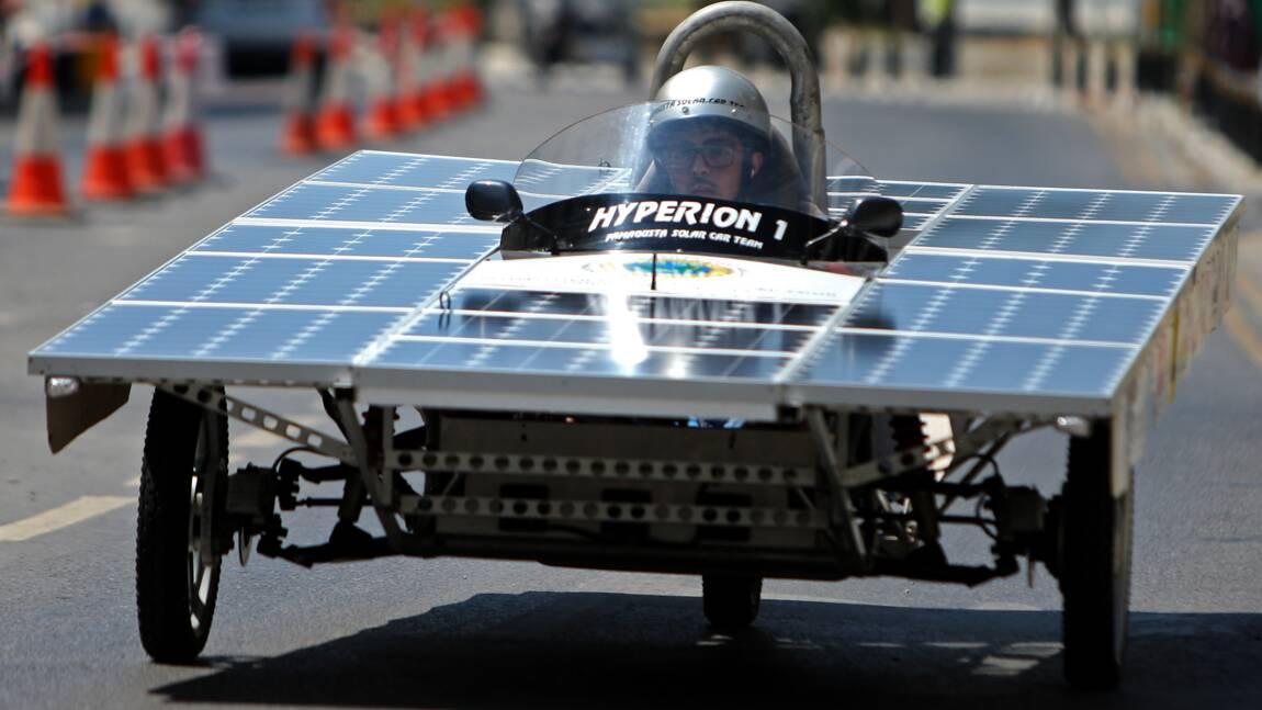 Environnement: à Chypre, une course de voitures solaires low cost