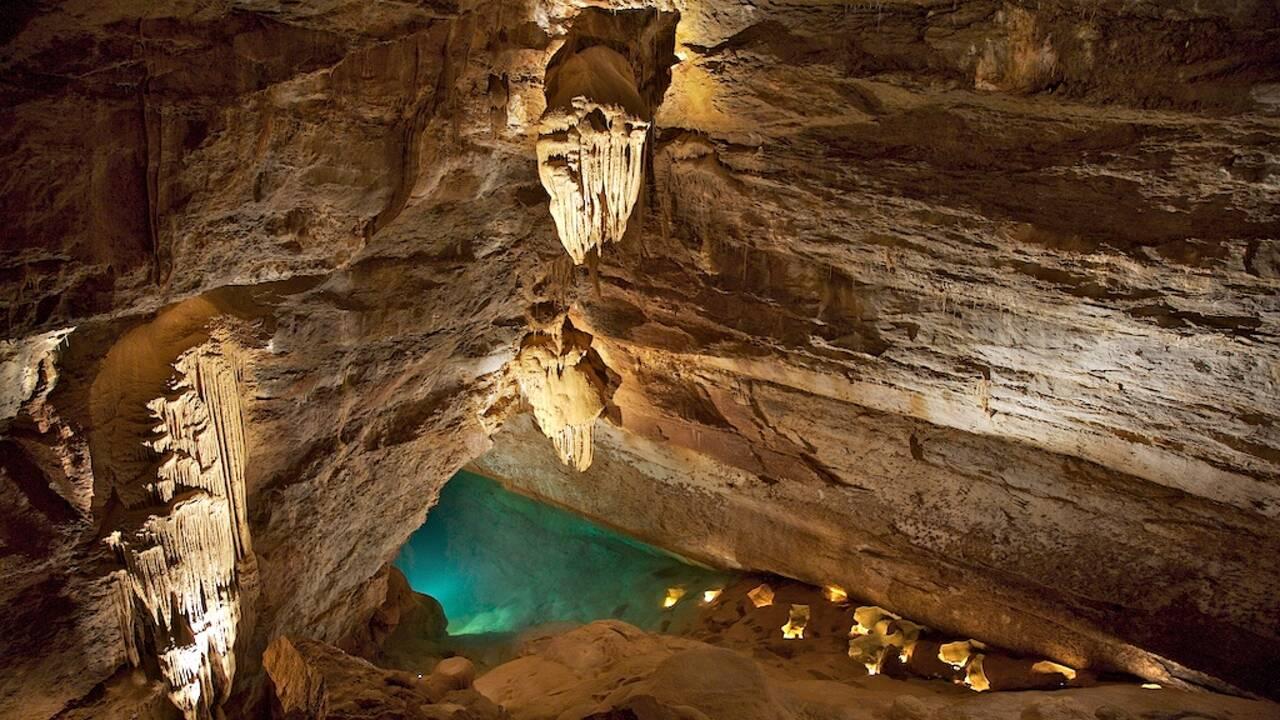 Cévennes : immersion dans la majestueuse grotte de Trabuc