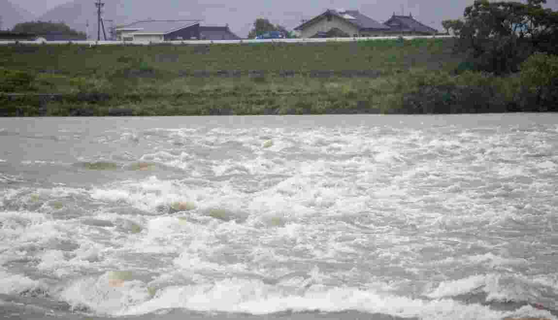 Japon: pluies torrentielles et coulées de boue, une deuxième victime
