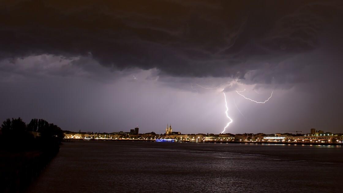 Alerte aux orages pour neuf départements du sud-ouest