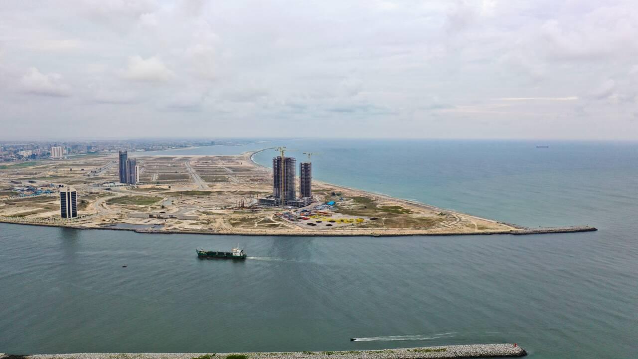 Lagos, l'une des villes les plus dynamiques du monde, s'enfonce dans les eaux