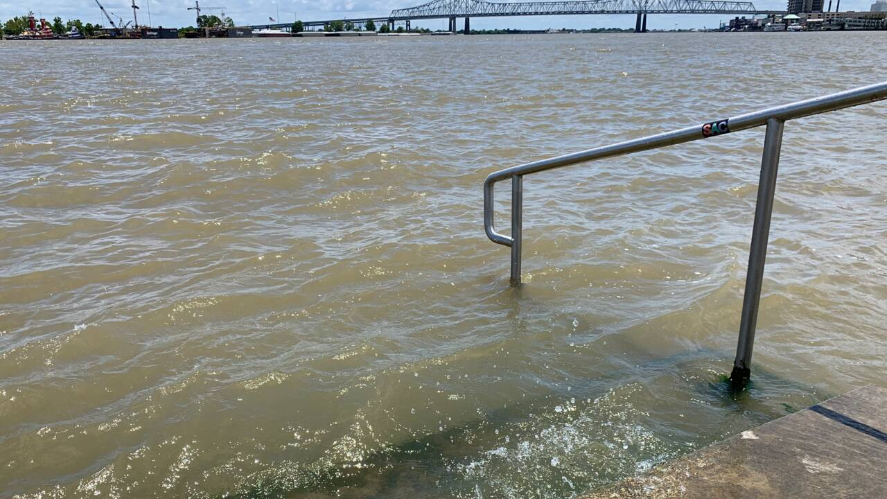 La Nouvelle-Orléans menacée par une tempête tropicale, Trump déclare l'état d'urgence