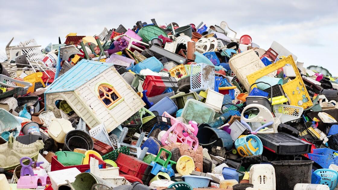Des chercheurs ont trouvé comment changer du plastique non recyclé en électricité