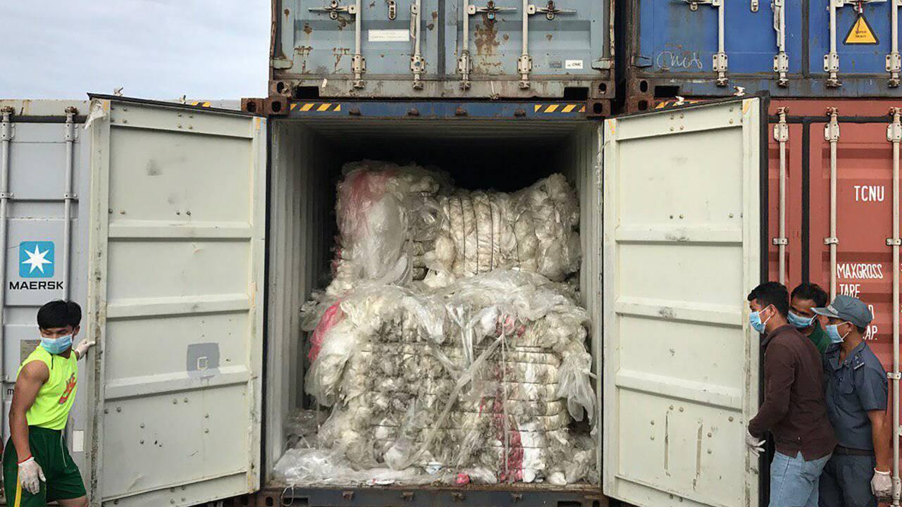 """Déchets : la fronde des pays """"poubelles"""" d'Asie"""