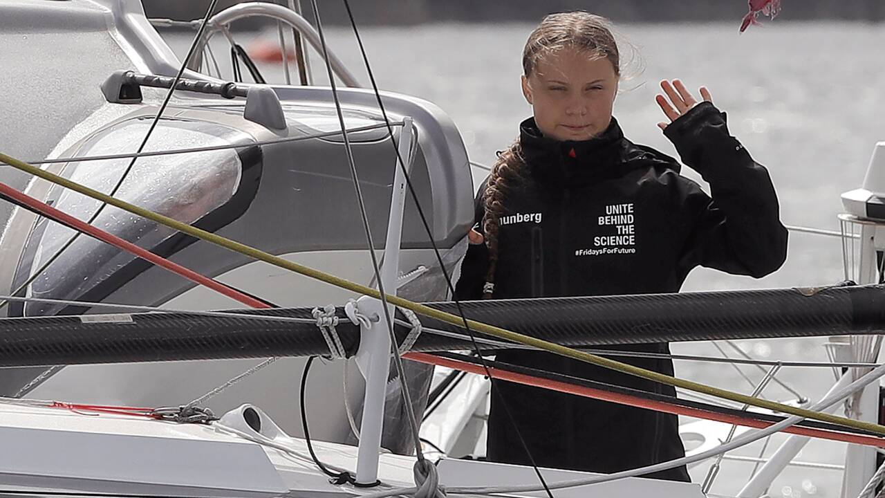 Greta Thunberg prévoit une arrivée mardi à New York à bord d'un voilier zéro carbone