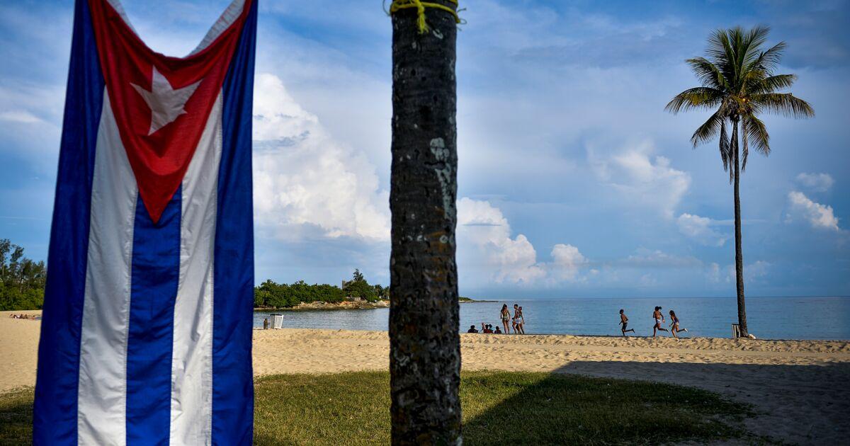 La foudre fait cinq morts sur une plage à Cuba