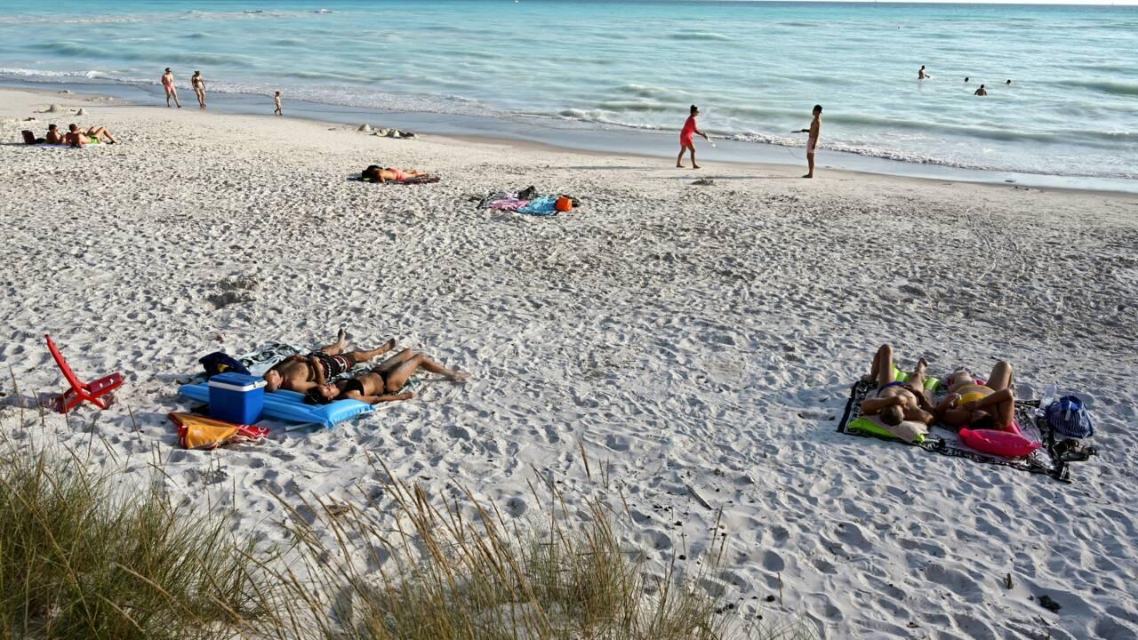 """En Toscane, la face cachée d'une plage aux allures de """"paradis artificiel"""""""