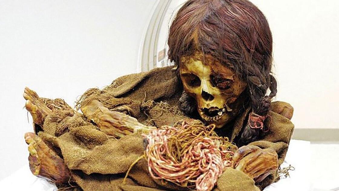 """La momie d'une petite """"princesse"""" inca vieille de 500 ans retourne en Bolivie"""