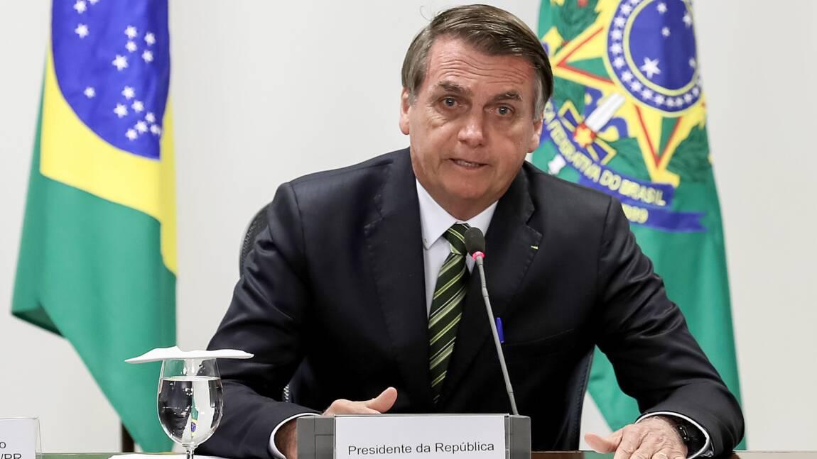 Feux en Amazonie: Bolsonaro accepte finalement une aide financière de l'étranger