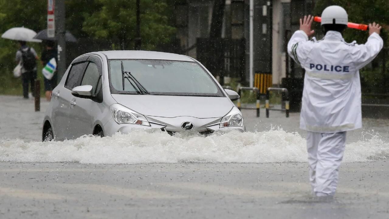 Japon: deux morts dans des précipitations diluviennes dans le sud-ouest