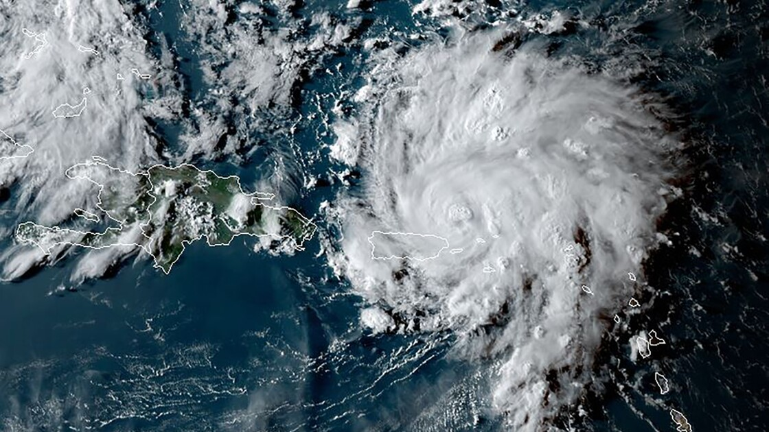 L'ouragan Dorian se renforce et menace la Floride