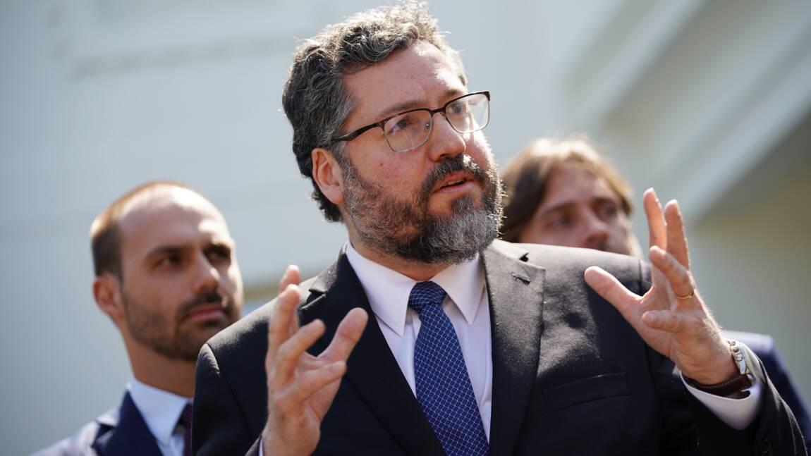 """Brésil et Etats-Unis """"sur la même longueur d'onde"""" concernant l'Amazonie selon un ministre"""