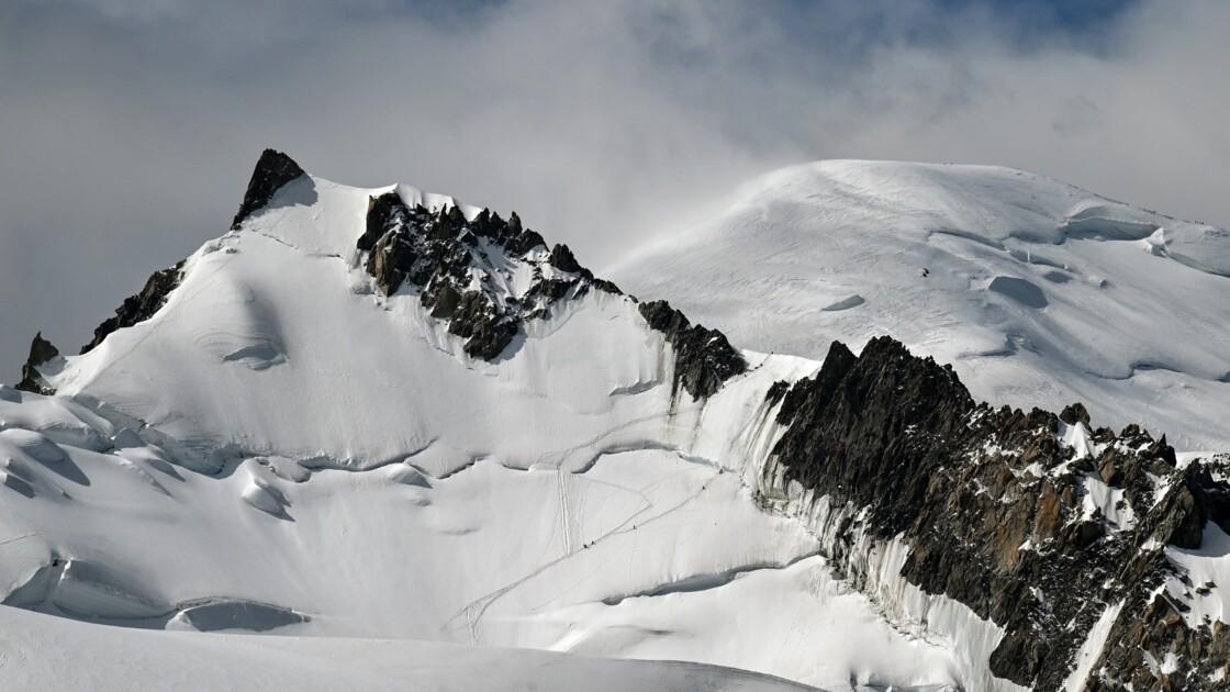"""Rameur abandonné au Mont-Blanc: un élu se plaint des """"hurluberlus"""""""