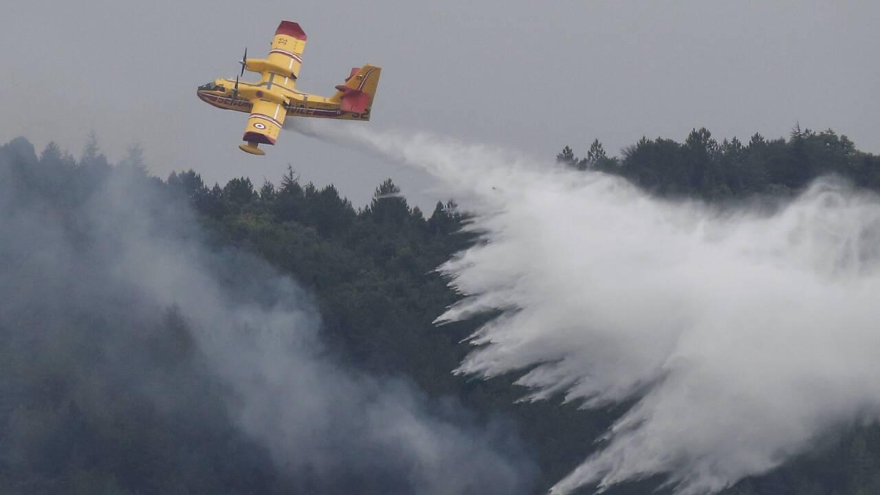 Des incendies ravagent plusieurs centaines d'ha dans le sud, l'ouest et le centre de la France