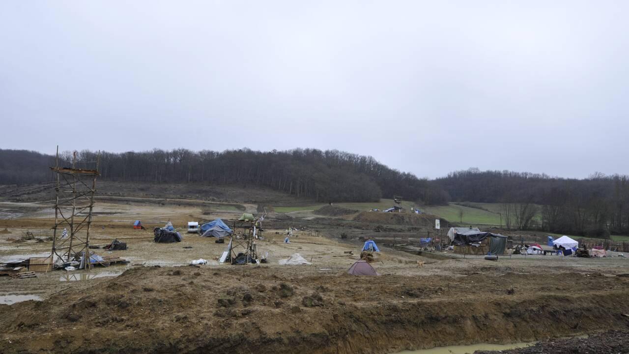 """Barrage de Sivens: """"consensus"""" pour une retenue d'eau et études sur les besoins"""