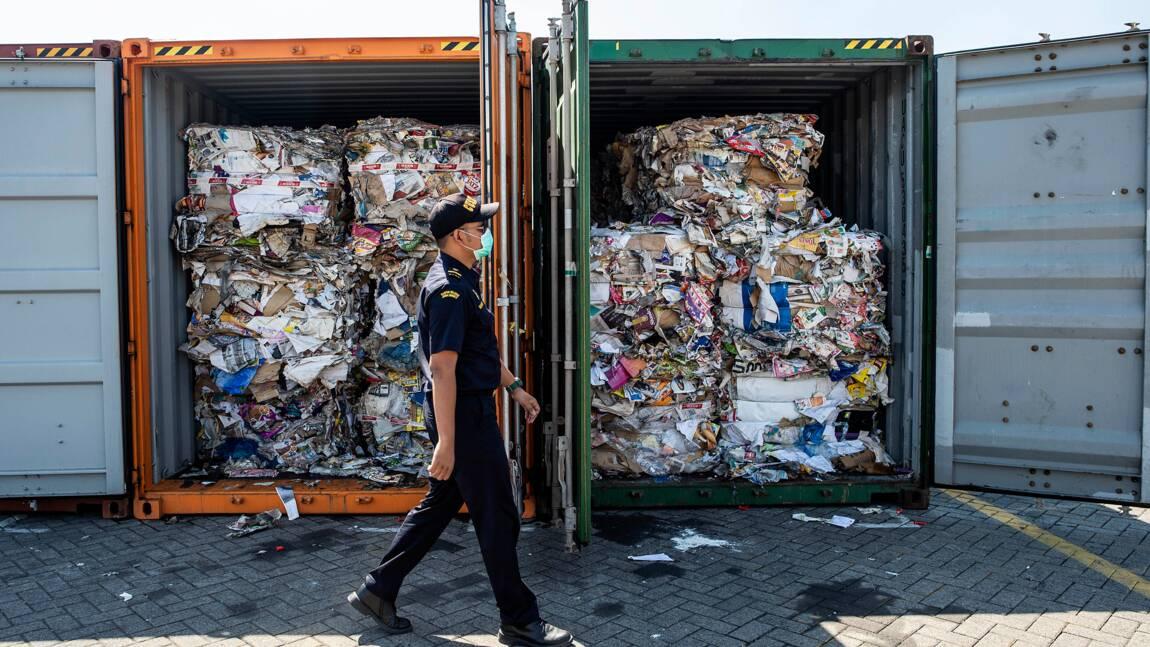 Refoulés d'Indonésie, deux conteneurs de déchets français en Malaisie