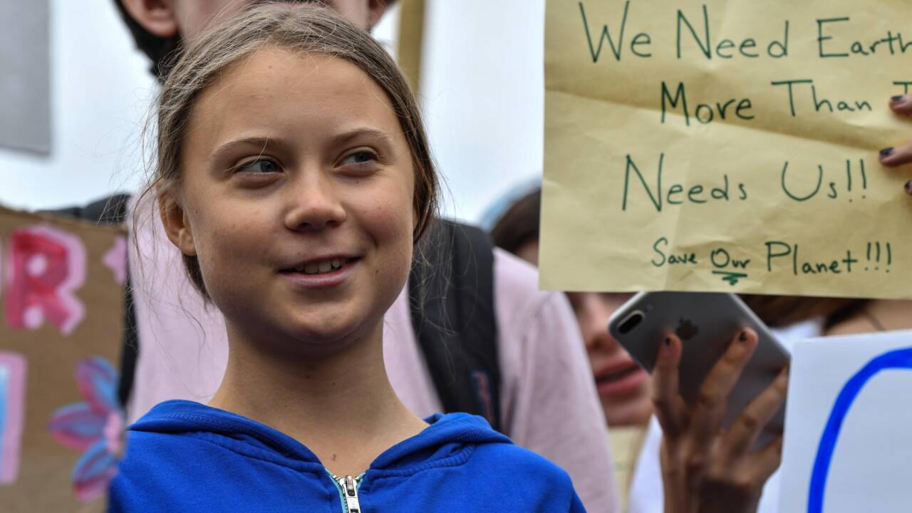 Greta Thunberg manifeste, timidement, devant la Maison Blanche