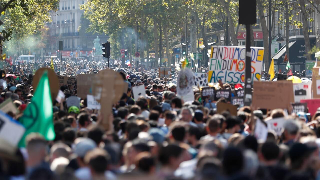 Black blocs et violences assombrissent la Marche pour le climat à Paris