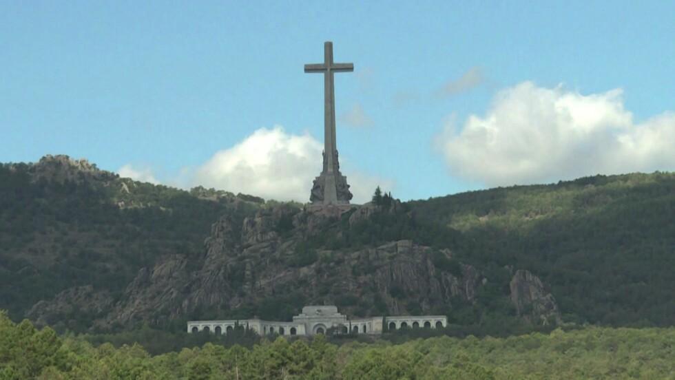 Espagne : pourquoi la Cour suprême autorise-t-elle l'exhumation de Franco ?