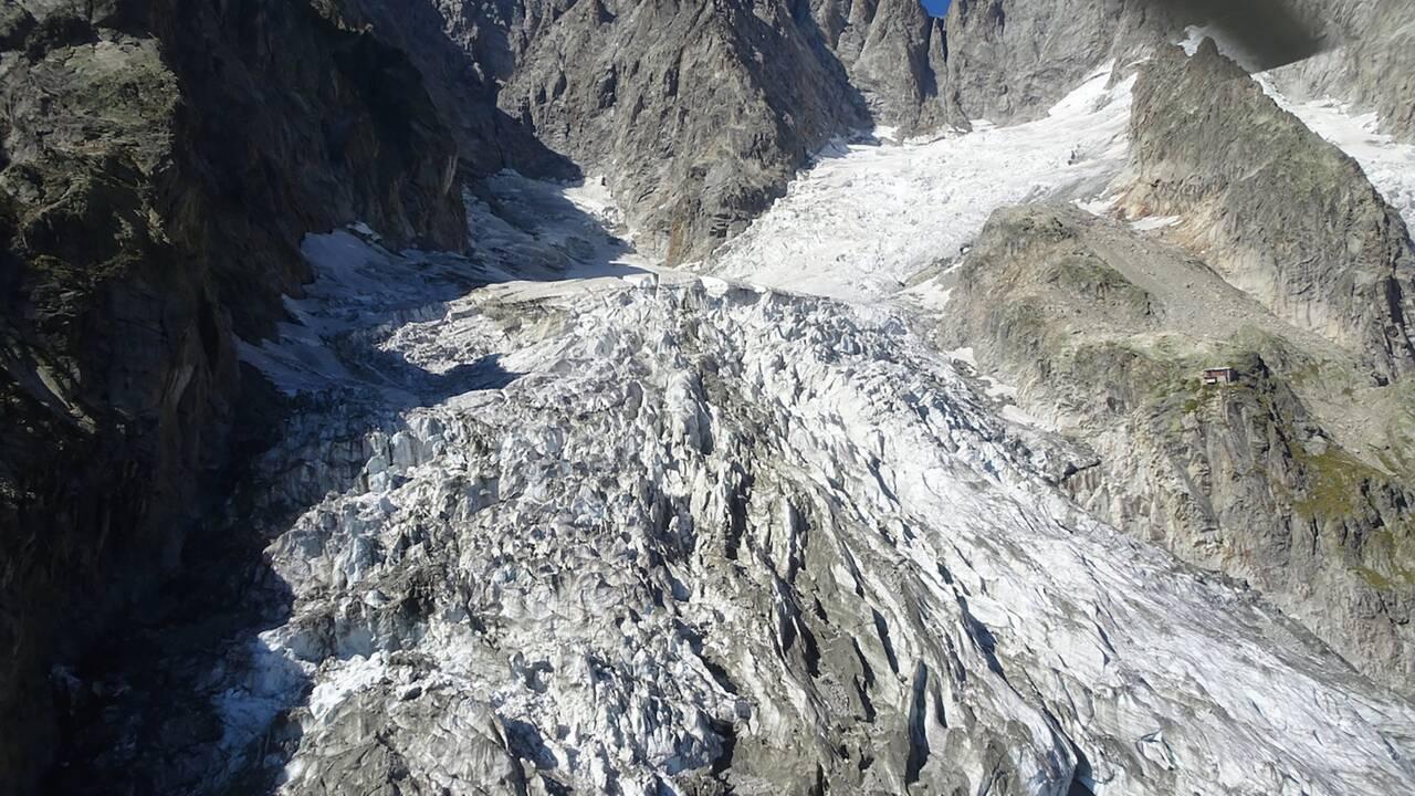 Un glacier du versant italien du Mont Blanc menace de s'effondrer