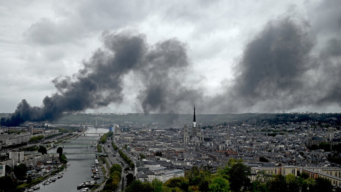 L'inquiétude des agriculteurs normands touchés par les conséquences de l'incendie de Lubrizol