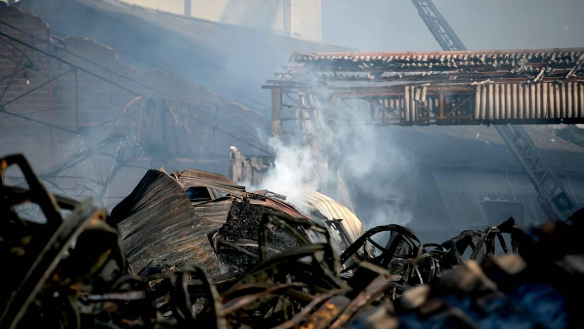 Incendie de Lubrizol: une centaine de communes touchées par suie dans les Hauts-de-France