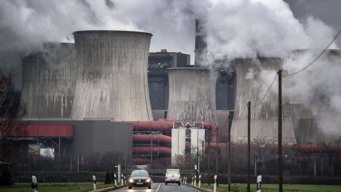 Climat: l'Homme émet 100 fois plus de CO2 que les volcans