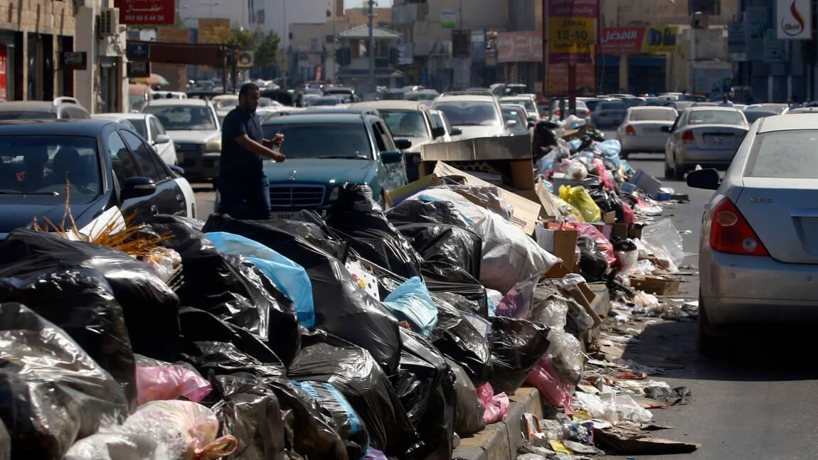 Libye: avec les combats qui s'éternisent, Tripoli transformée en décharge à ciel ouvert